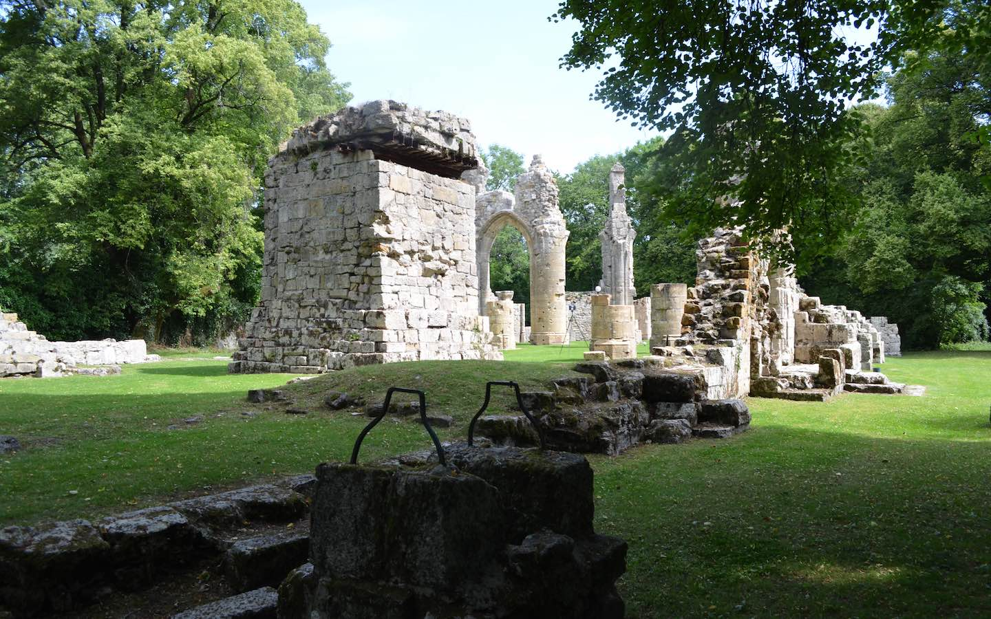 The ruins of Montfaucon